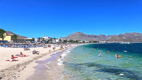 Port de Pollenca beach