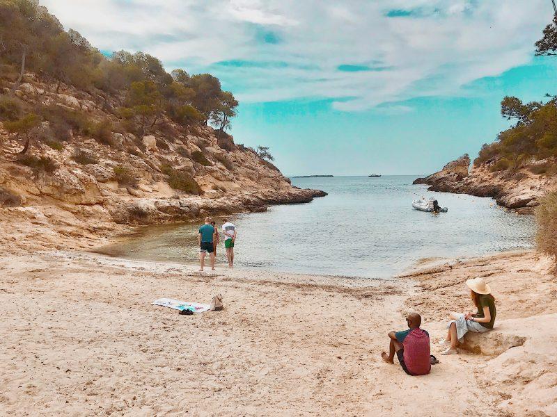 Cala Falco beach
